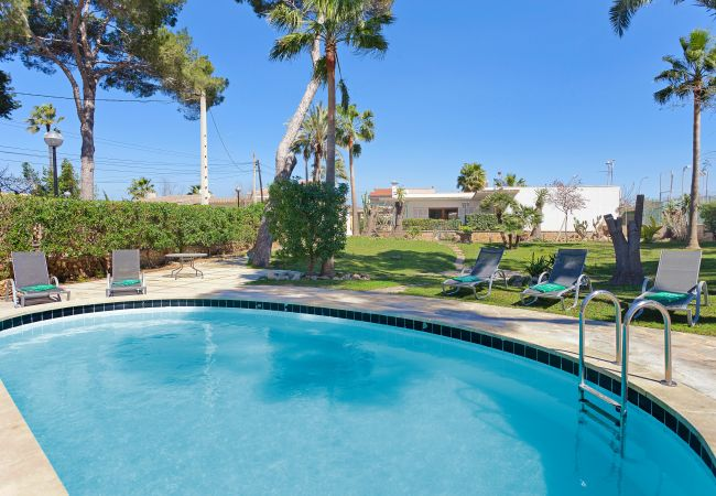 Villa/Dettached house in Arenal - Villa Santander - with private swimming pool