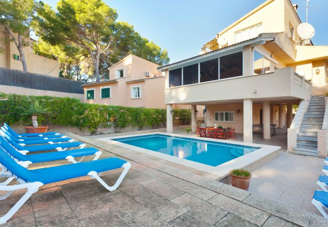 Villa/Dettached house in Arenal - Villa Arenas - with private swimming pool