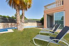 Villa in Puigderrós  - Villa Ocells - with private swimming pool