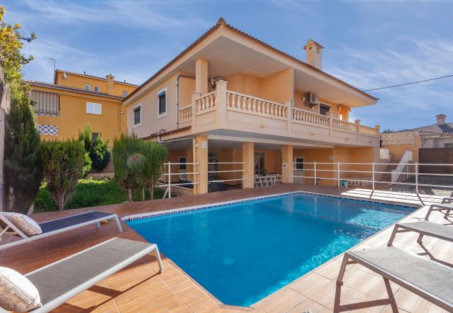 Villa/Dettached house in Arenal - Villa Bellavista de s'Arenal - with private swimming pool